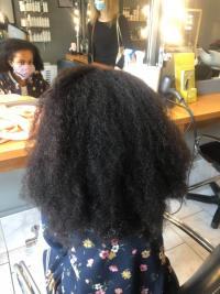 Lissage Bresilien par votre Salon de coiffure